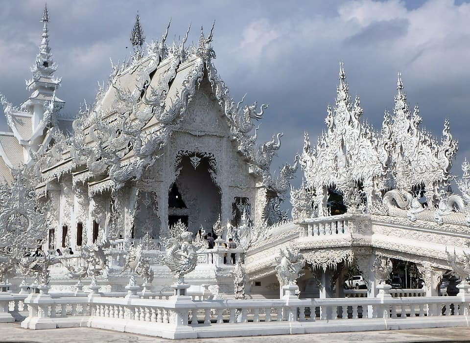 white-temple thailand
