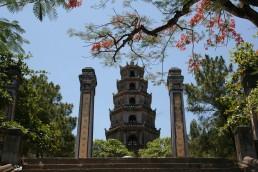 thien-mu-pagoda hue vietnam
